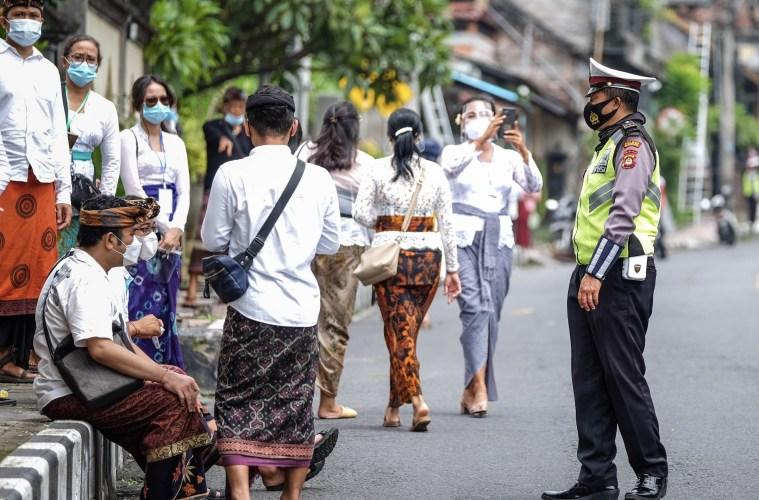 Segundo ministro, sanções serão tomadas como último recurso, com o governo preferindo preparar a população de forma amistosa.