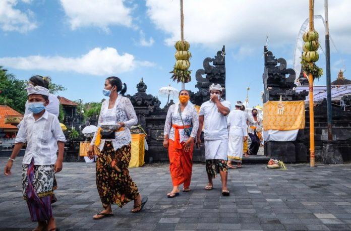 Objetivo é que Ubud, Sanur e Nusa Dua se tornem zonas seguras para turistas estrangeiros.