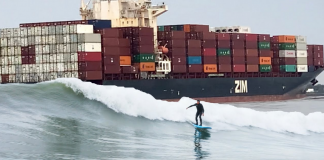 Surfista de navio