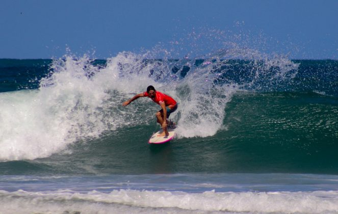 André Zanini, Praia dos Molhes, Torres (RS). Foto: Torrica Photosurf Club.