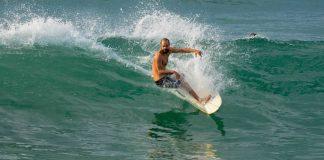 Surfe e poesia no Rio