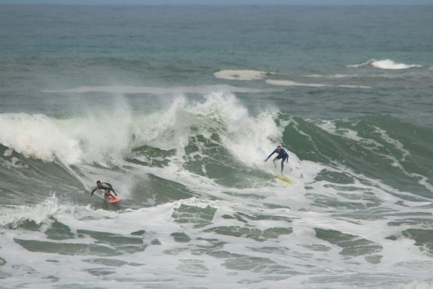 Kaique Rocha, Praia da Vila, Imbituba (SC). Foto: Pitch Lordello e Jana Barbosa.