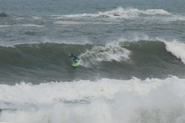 Gabriel Sodré, Praia da Vila, Imbituba (SC). Foto: Pitch Lordello e Jana Barbosa.