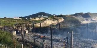 Incêndio destrói rancho de pesca