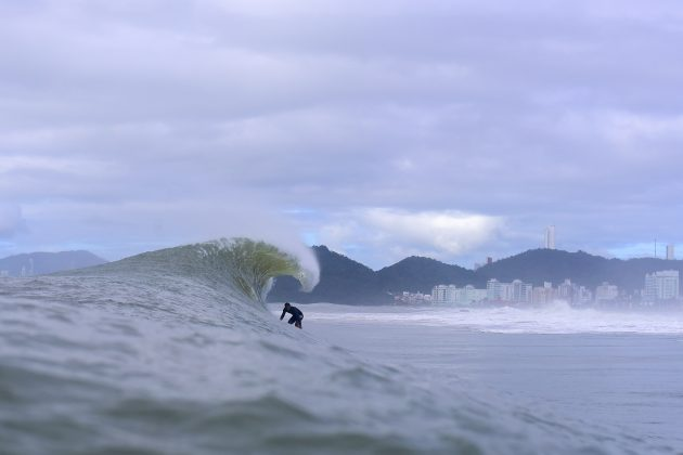 Terence Reiser, Praia Brava, Itajaí (SC). Foto: Ricardo Alves.