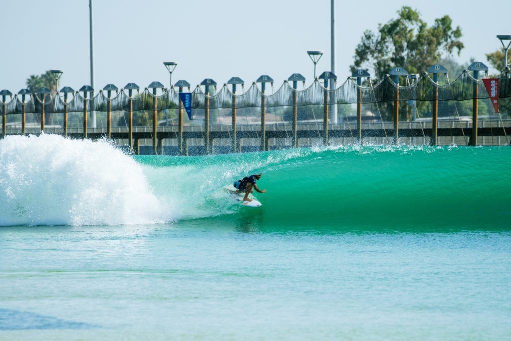 Italo Ferreira está na segunda fase do Surf Ranch Pro.