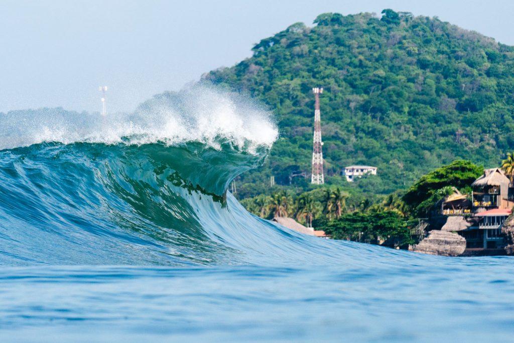 OSurf City El Salvador ISA World Surfing Games 2021 termina neste domingo em La Bocana.