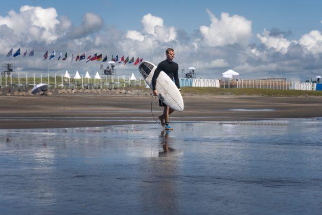 Leandro Usuna, Jogos Olímpicos 2021, Tsurigasaki Beach, Ichinomiya, Chiba, Japão. Foto: ISA / Sean Evans.