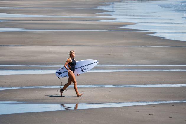 Leilani McGonagle, Jogos Olímpicos 2021, Tsurigasaki Beach, Ichinomiya, Chiba, Japão. Foto: ISA / Ben Reed.