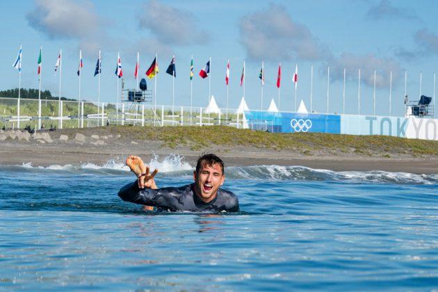 Leon Glatzer, Jogos Olímpicos 2021, Tsurigasaki Beach, Ichinomiya, Chiba, Japão. Foto: ISA / Ben Reed.