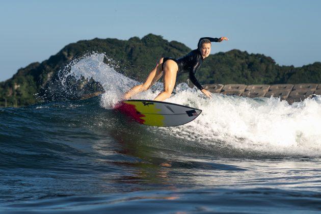 Ella Williams, Jogos Olímpicos 2021, Tsurigasaki Beach, Ichinomiya, Chiba, Japão. Foto: ISA / Sean Evans.