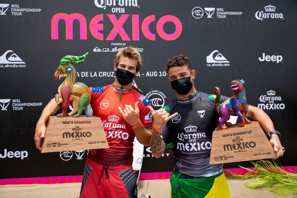Deivid Silva (à direita) é vice-campeão do Open Mexico 2021. Jack Robinson fica com o título da etapa.