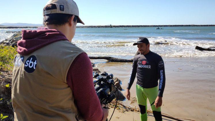 Reportagem pra tv aberta, Quebra Ossos, Laguna (SC). Foto: Luis Reis.