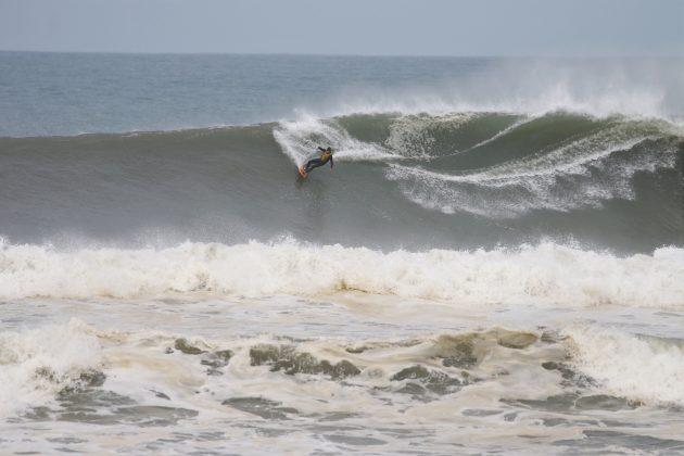 Samuel Reis, Praia do Cardoso, Laguna (SC). Foto: Gabriel Gomes.