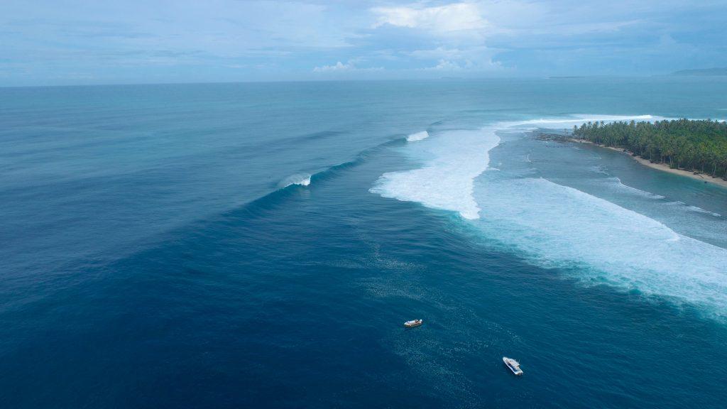 Mentawai teve temporada de ondas perfeitas e sem crowd.