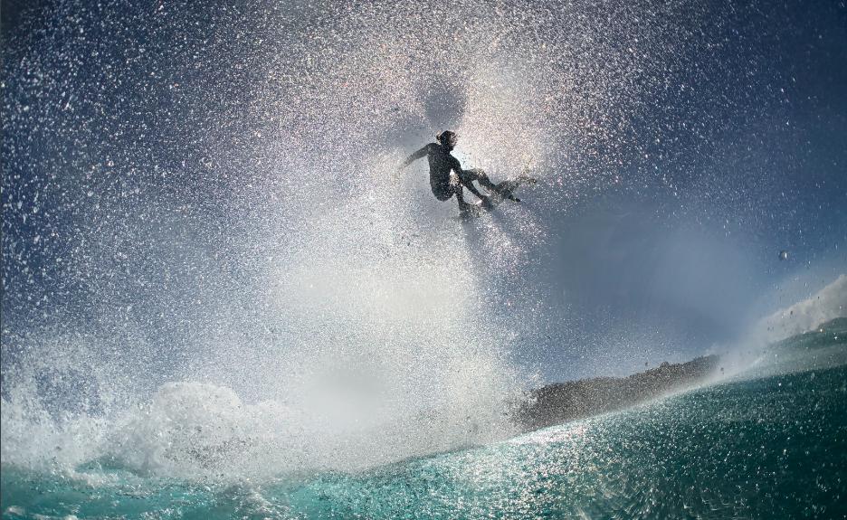 Zak Noyle apresenta seu olhar apurado para o surfe.