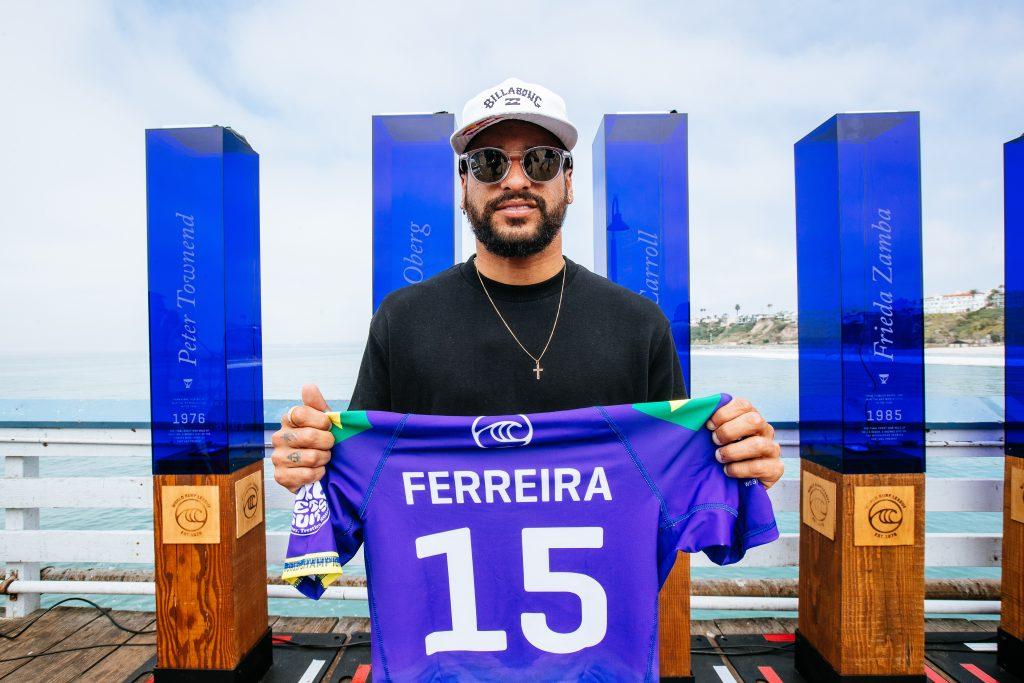 Italo Ferreira vai em busca do segundo título mundial.