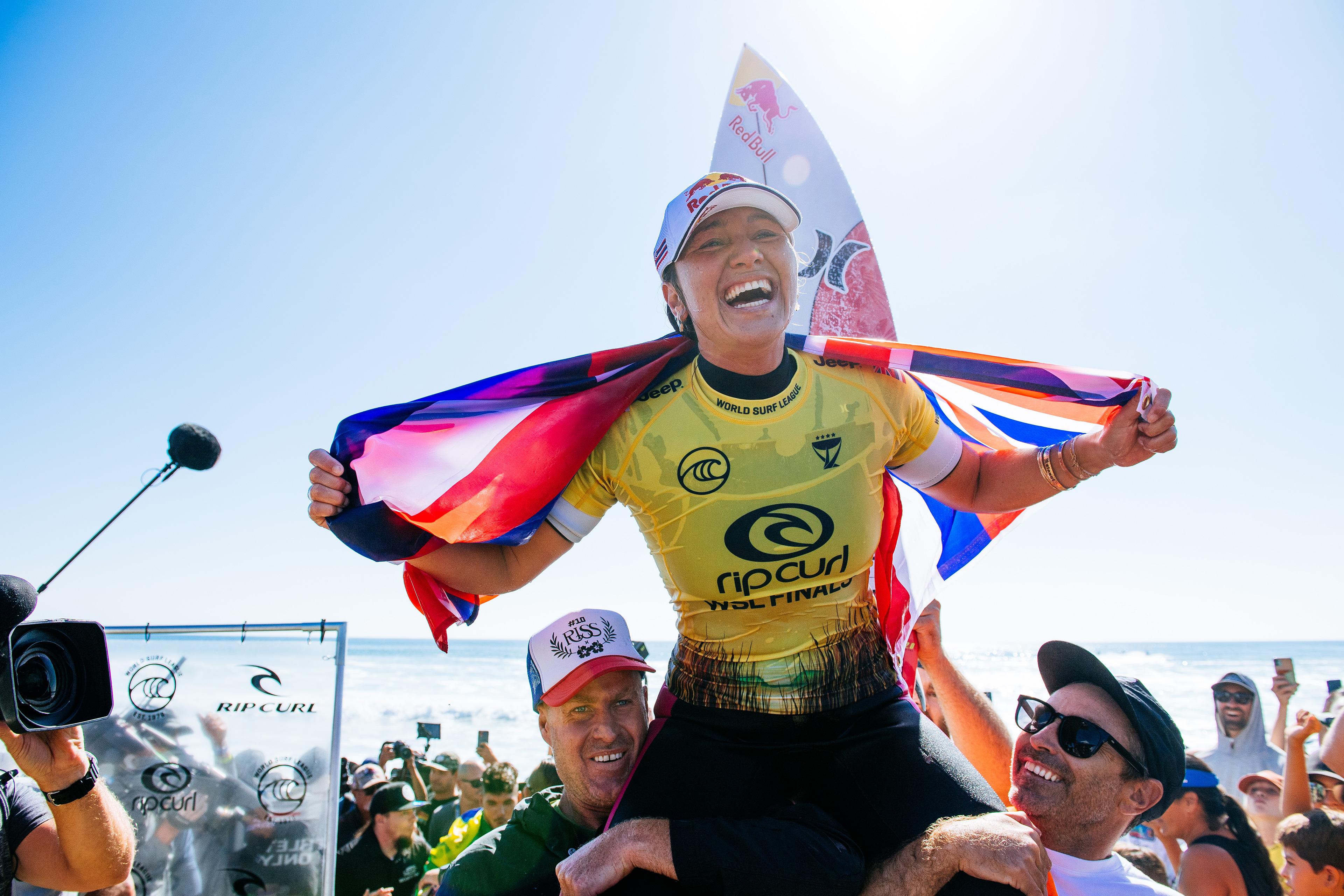 Carissa Moore conquista pentacampeonato mundial de virada.