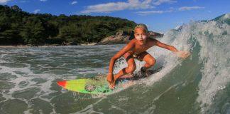 Surf Caiçara rola no Aventureiro