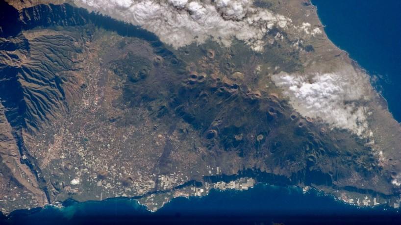 Vulcão deu sinais de atividade moderada nos últimos dias.