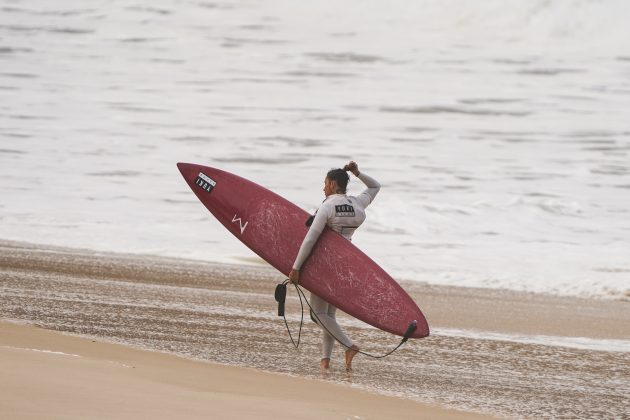 Michelle des Bouillons, Itacoatiara Big Wave 2021, Niterói (RJ). Foto: Matheus Couto.