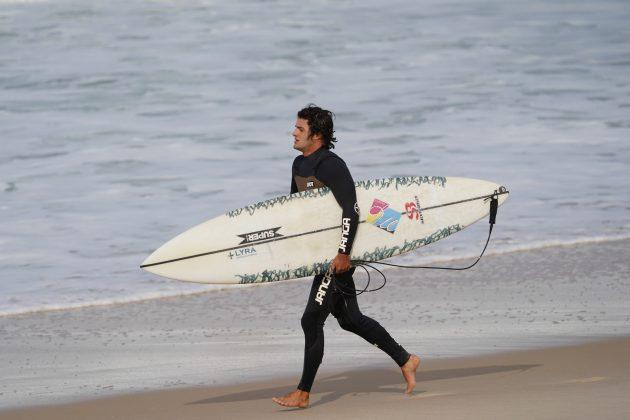 Pedro Calado, Itacoatiara Big Wave 2021, Niterói (RJ). Foto: Matheus Couto.
