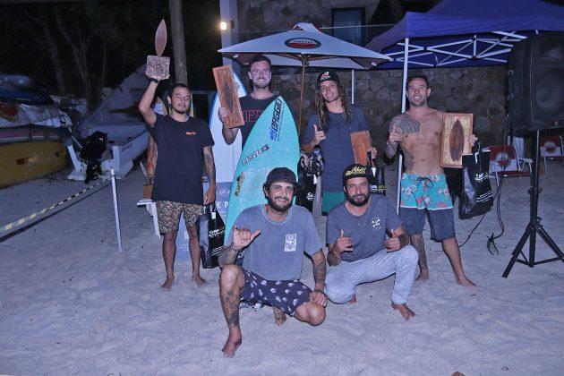 Pódio Open, Escola Adriano Camargo, praia de Juquehy, São Sebastião (SP). Foto: Munir El Hage.