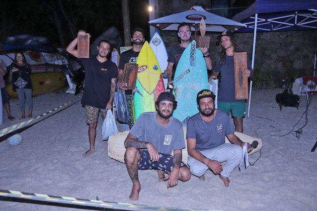 Pódio Open Local, Escola Adriano Camargo, praia de Juquehy, São Sebastião (SP). Foto: Munir El Hage.