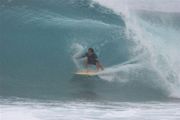 Derek Ho, Backdoor, North Shore de Oahu, Hawaii. Foto: Bruno Lemos / Lemosimages.com.