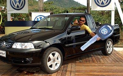 Léo Neves - SuperSurf Ubatuba 2003. Foto: Nilton Santos.
