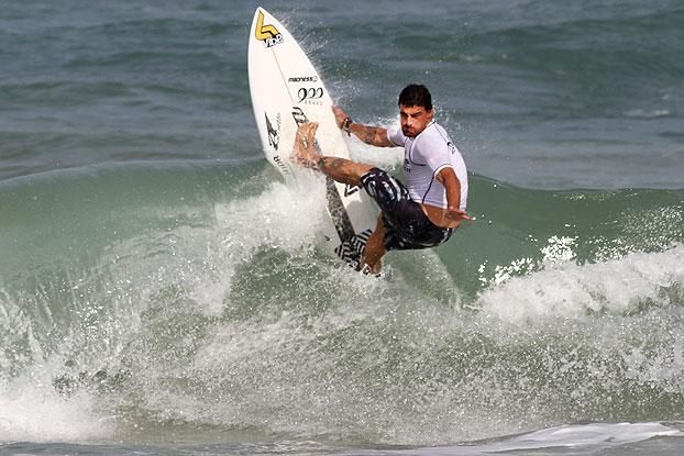 Leo Neves, Ecosurf 2011, praia do Pecado, Macaé (RJ). Foto: Pedro Monteiro / Adding Eventos.