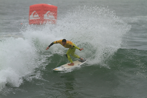 Léo Neves, Quiksilver Brasil Open 2011, Arpoador, Rio de Janeiro (RJ). Foto: Aleko Stergiou.
