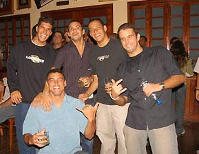 Gustavo Fernandes, Léo Neves, Raoni Monteiro, Leandro Bastos e João Gutemberg - Lançamento Encabeça Geral, Rio de Janeiro. Foto: Divulgação.