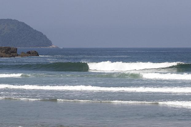 A.J.O.V., de 42 anos, tinha experiência e surfava no canto esquerdo da praia de Juquehy.
