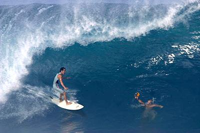 Derek Ho, 25 de janeiro, North Shore de Oahu, Hawaii. Foto: Bruno Lemos / Red Nose.
