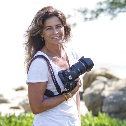 A paixão pelo surfe levou Roberta Borges a fotografar