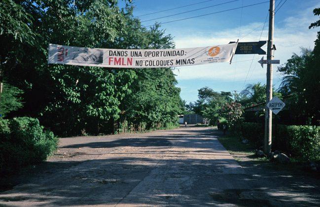Comunicação oficial em La Libertad, El Salvador