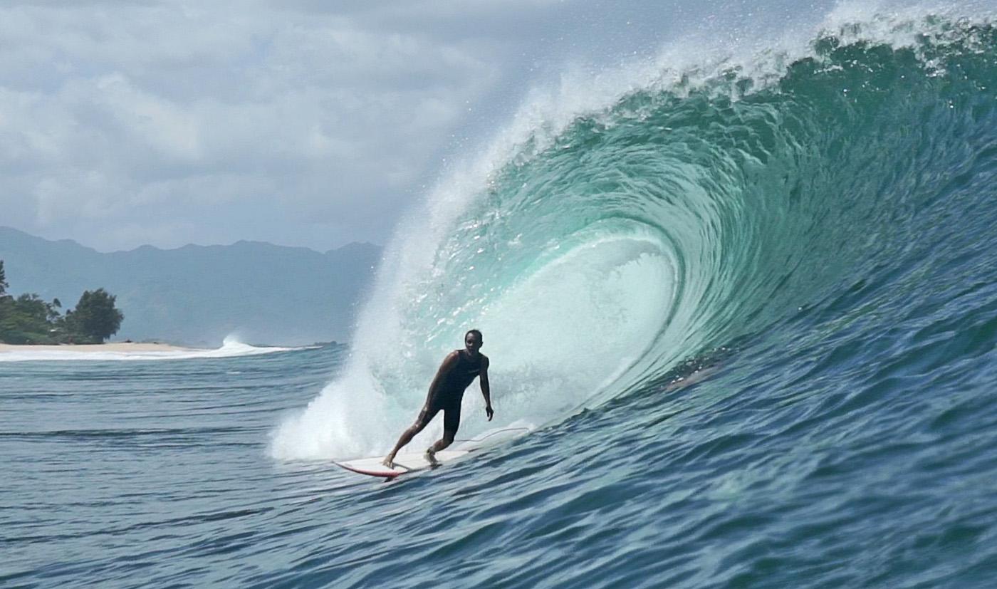 Derek Ho, Pipeline, North Shore de Oahu, Havaí. Foto: Ígor Maciel.