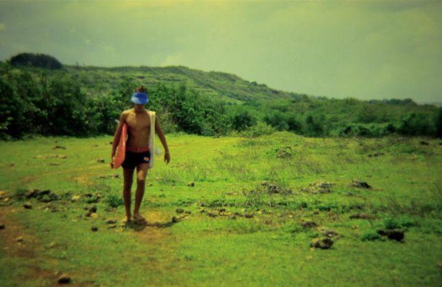Alberto a caminho de Uluwatu, Indonésia