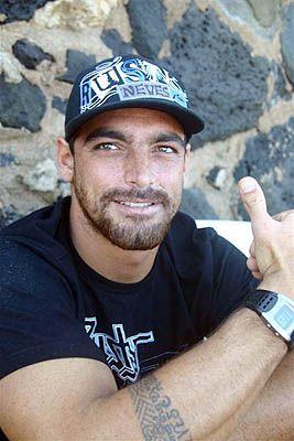 Léo Neves, North Shore, Hawaii. Foto: Bruno Lemos / Lemosimages.com.