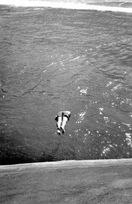 Ilan mergulhando da pedra do Cepilho