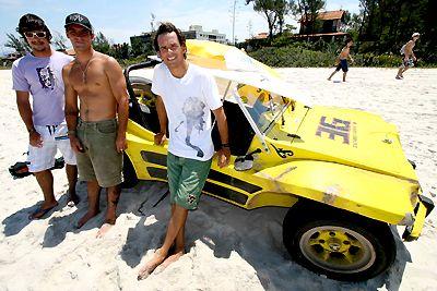 Willian Cardoso, Léo Neves e Sávio Carneiro, Seletiva Petrobras 2006, Itaúna, Saquarema (RJ). Foto: Fábio Minduim.