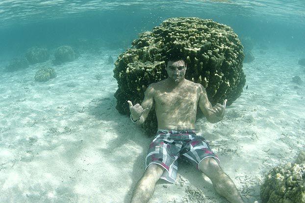 Leo Neves, Vairao, Tahiti. Foto: Aleko Stergiou.